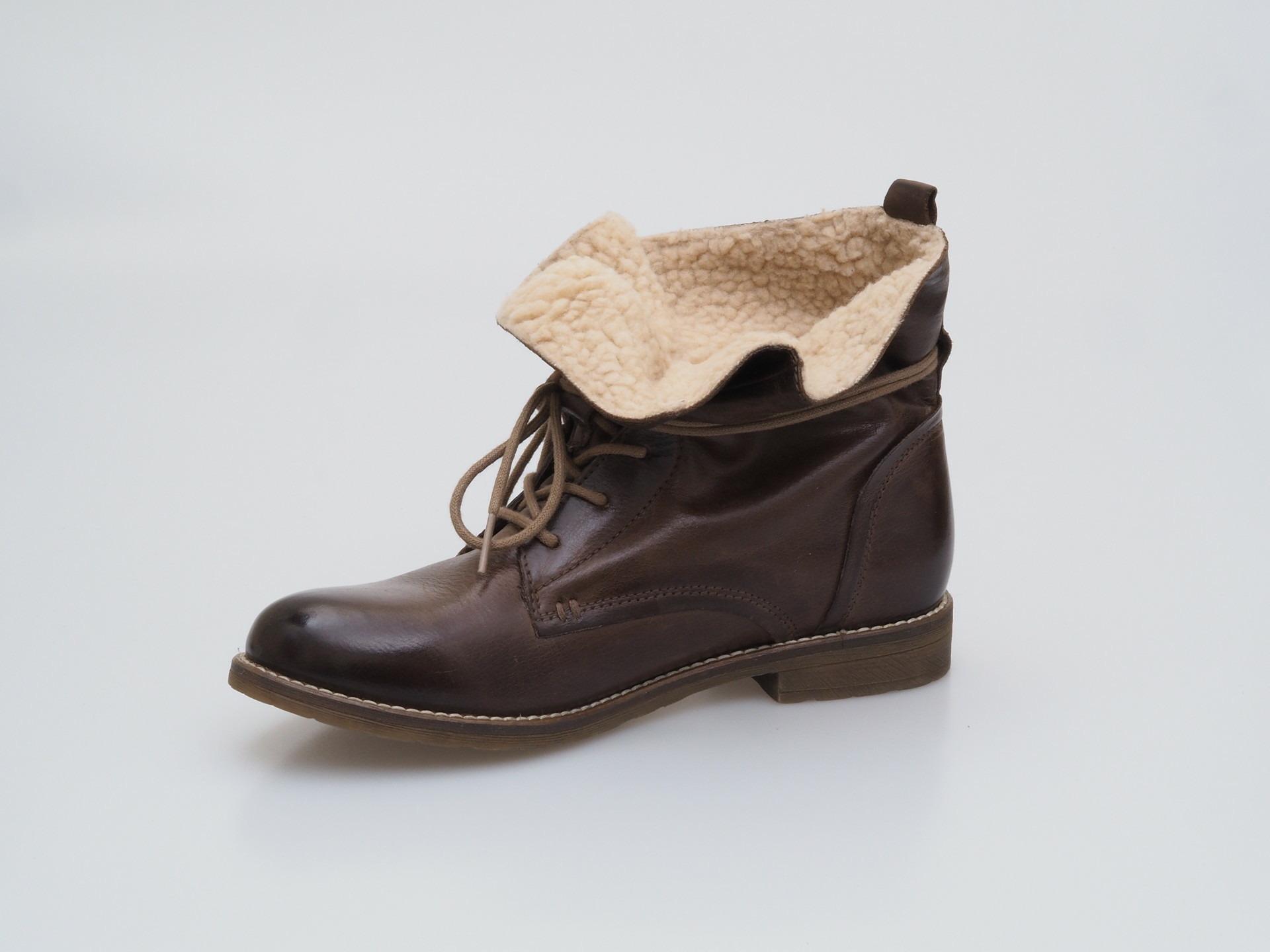 0667092e7a1 Soňa - Dámska obuv - Kotníčky - Dámska šnurovacia obuv značky Klondike