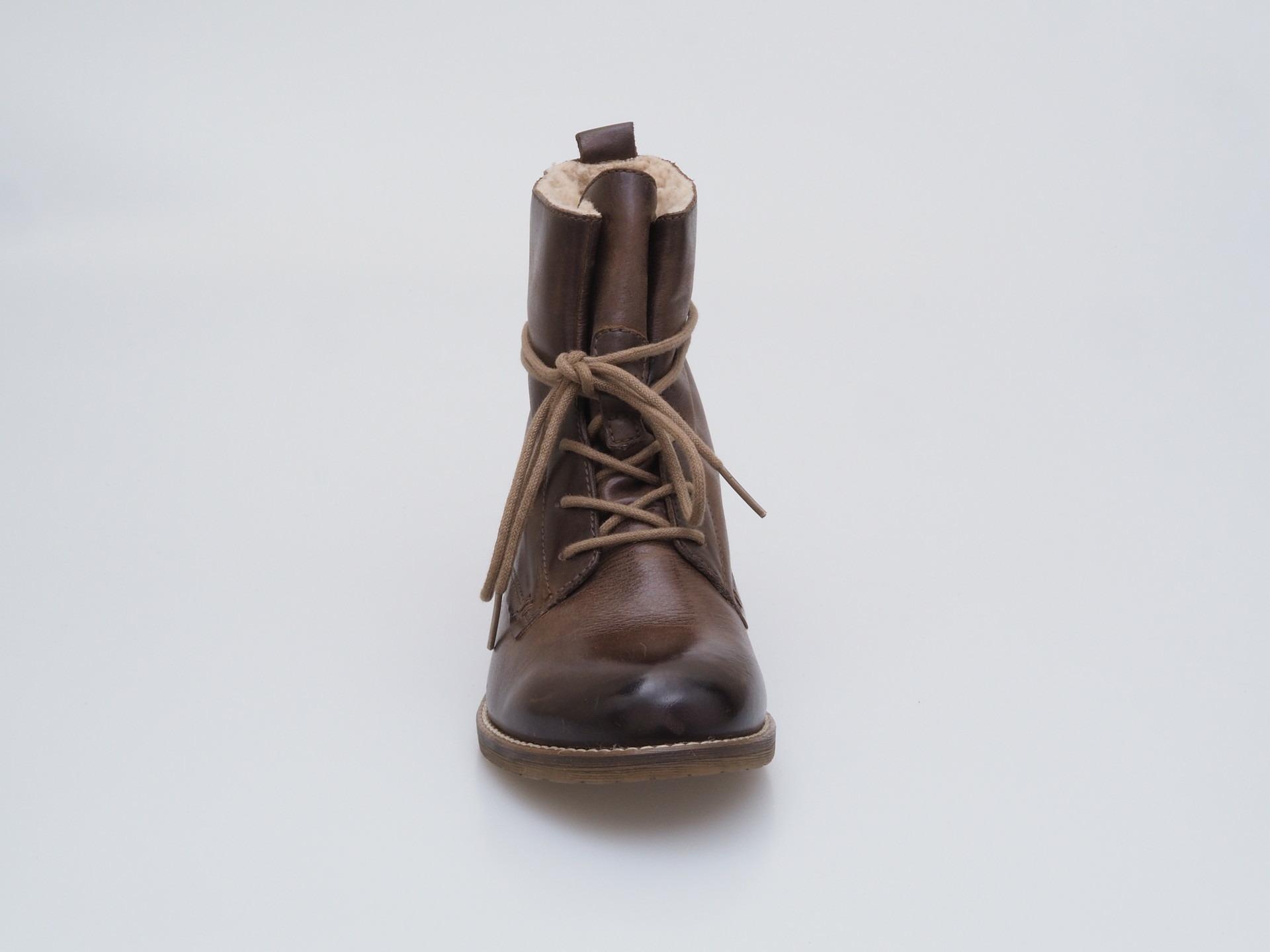 58e4ed80ffc39 Soňa - Dámska obuv - Kotníčky - Dámska šnurovacia obuv značky Klondike